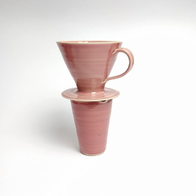 Zestaw dripp hario V60 1 + dzbanuszek różowy