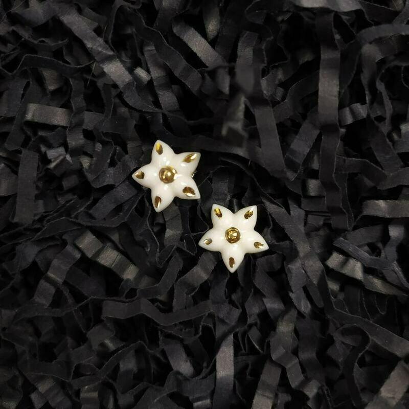 Kolczyki, kwiatki, złocone