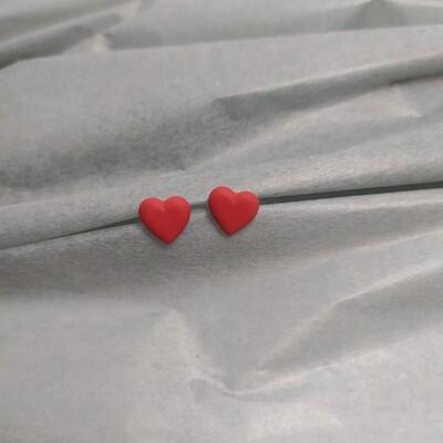 Kolczyki, serduszka czerwone mat