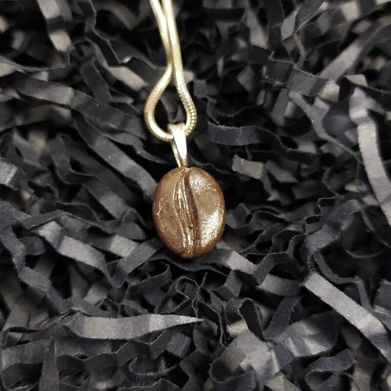 Wisiorek ziarenko kawy