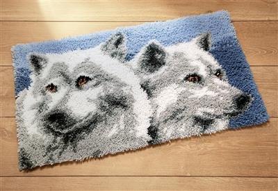 Latch hook rug kit Wolves