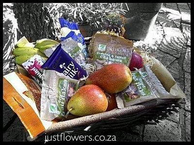 Fruit & Choc Basket