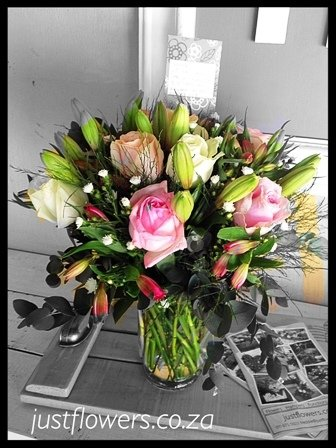 Lilly & Rose Vase