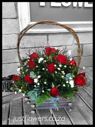 Red or White Rose Basket