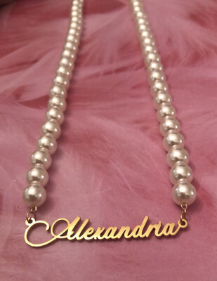 SUMMER EXCLUSIVE: Custom Pearl Name Necklace