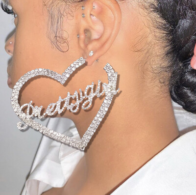 Pretty Girl Heart Earrings
