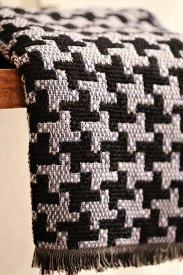 Mosaic black-blue scarf (Kaulahuivi)