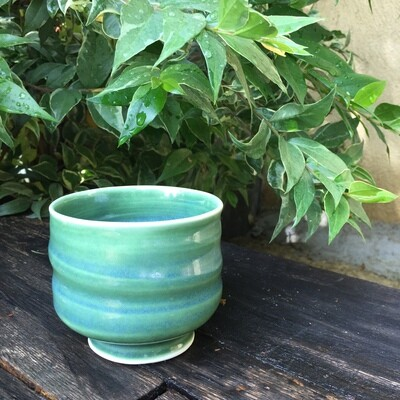 Green porcelain tea bowl