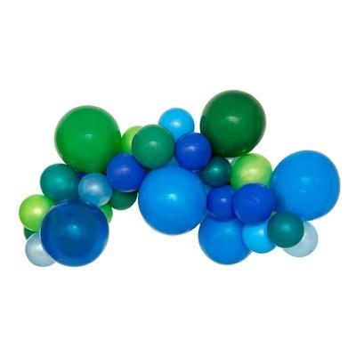 Hooray DIY Balloon Garland