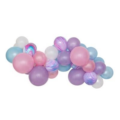 Bubblegum DIY Balloon Garland