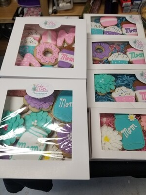 Decorated Sugar Cookie Gift Box