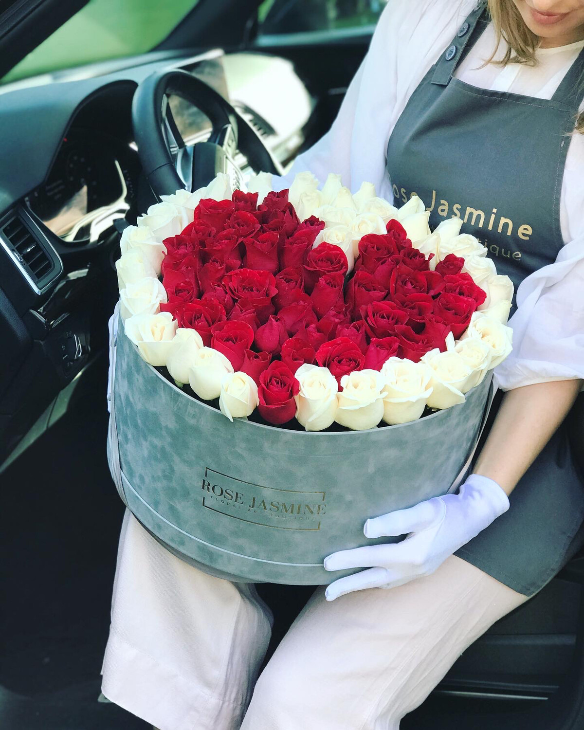 Grey Velvet French (100 Roses)