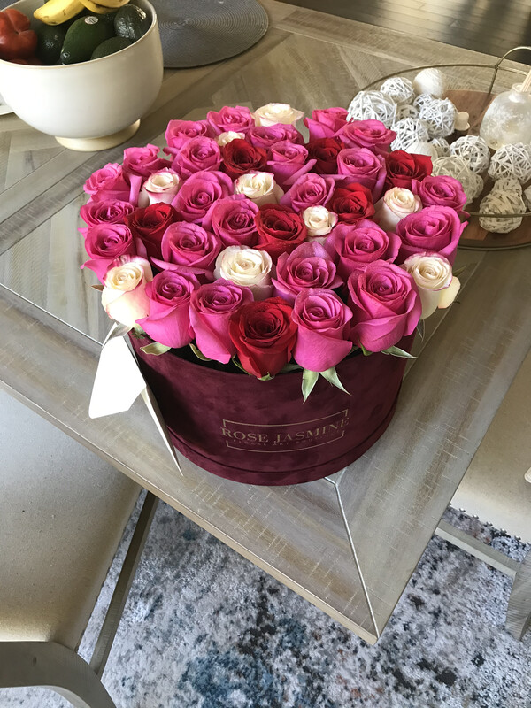 Burgundy Velvet Grande Box & Up To 4 Dozen Fresh Roses