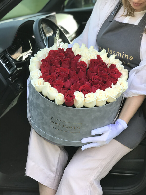 Grey Velvet French (Up To 100 Fresh Roses)