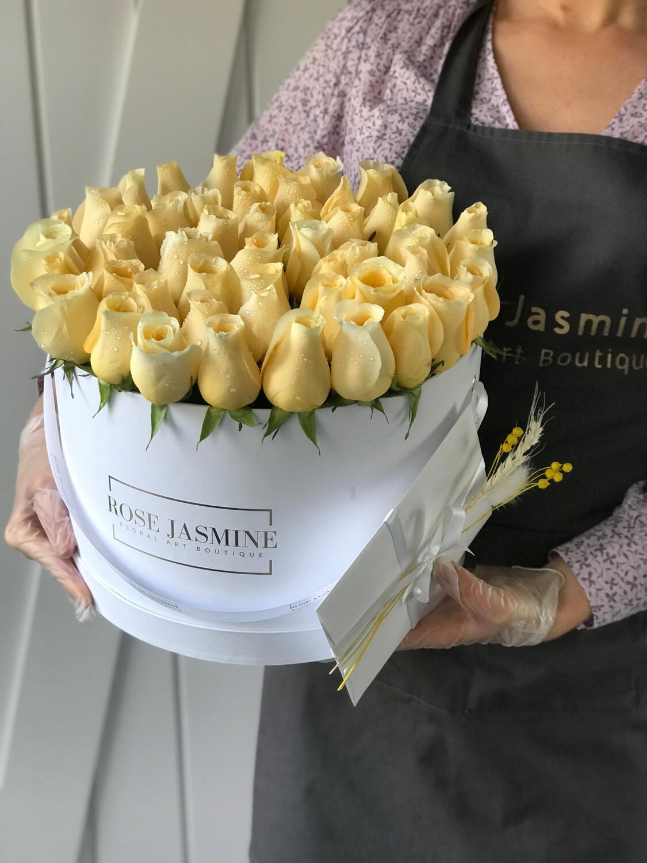 White Box & Up To 4 Dozen Color Fresh Roses