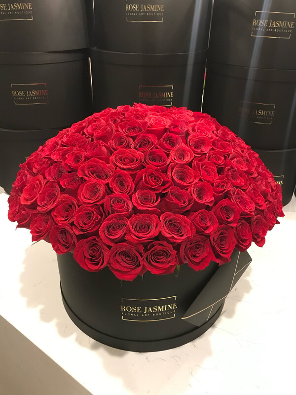 Deluxe (Giant Black Box And Up To 200 Fresh Premium Roses)