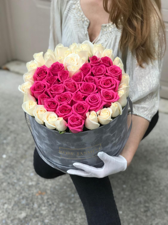 I Love You Mom (Up To 4 Dozen Roses)
