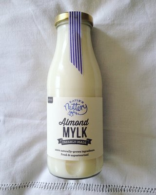 Almond Mylk (500ml)