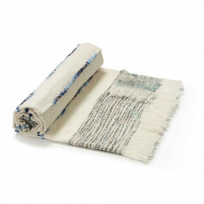 Manta Ginnie 130 x 170 cm blanco y azul