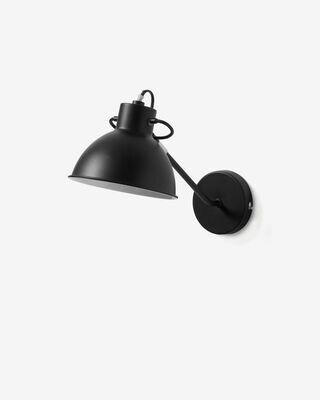 Aplique Offelis de acero con acabado negro