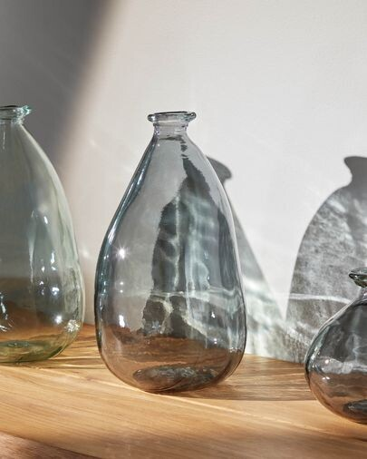 Jarrón Brenna mediano de vidrio azul 100% reciclado