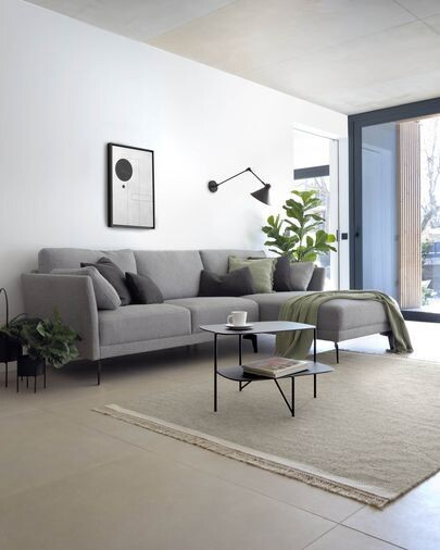 Sofá Gilma 3 plazas con chaise longue derecho gris patas metal negro 260 cm