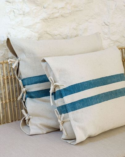 Funda cojín Ziza 100% algodón rayas gruesas azul y blanco 60 x 60 cm