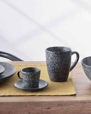 Taza Airena de cerámica negro