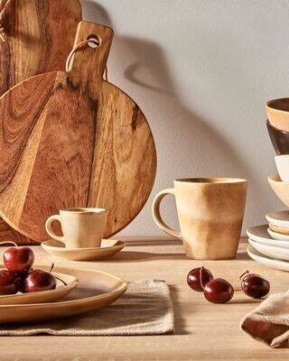 Taza de café con plato Vreni de cerámica beige