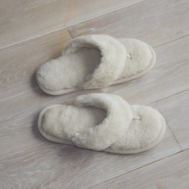 Cream Wool Flip-Flop Slippers