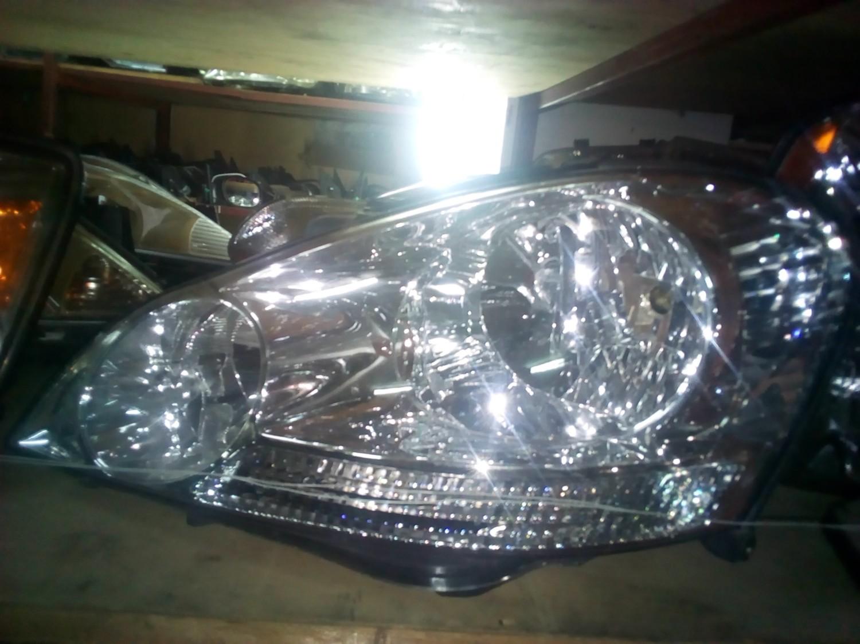 Toyota Ipsum Head Light
