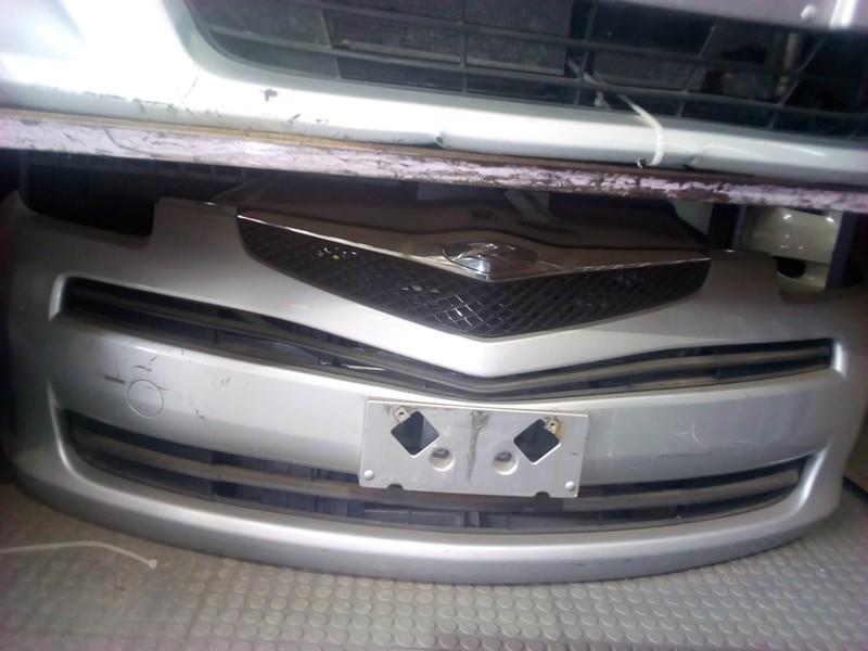 Toyota Ractis Nose Cut