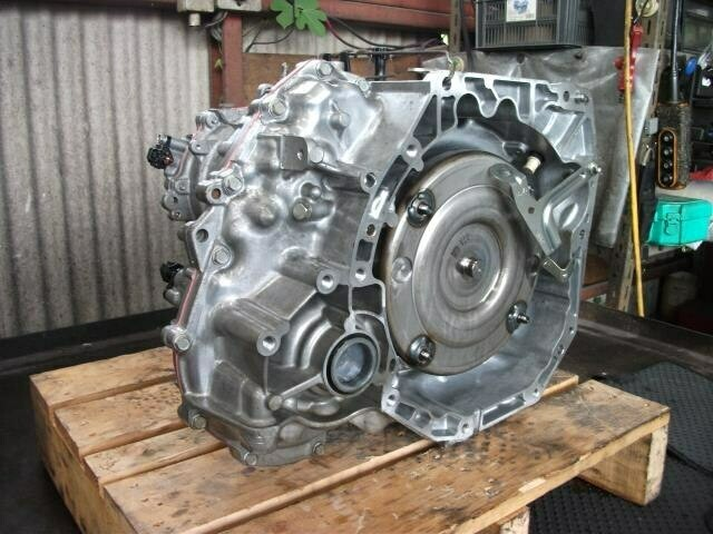 Nissan March gear box