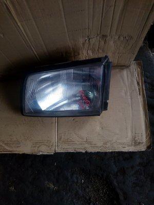 Mazda Bongo/ Nissan vanet headlight