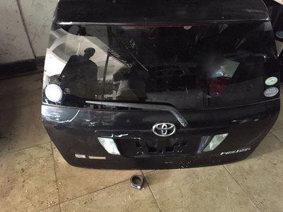 Toyota nze felder boot door
