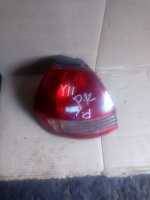 Nissan Wingroad y11 tail light
