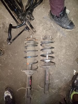 Toyota Raum front shocks