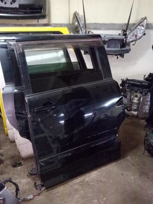 Nissan Serena back left door