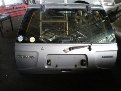 Nissan Terrano boot door