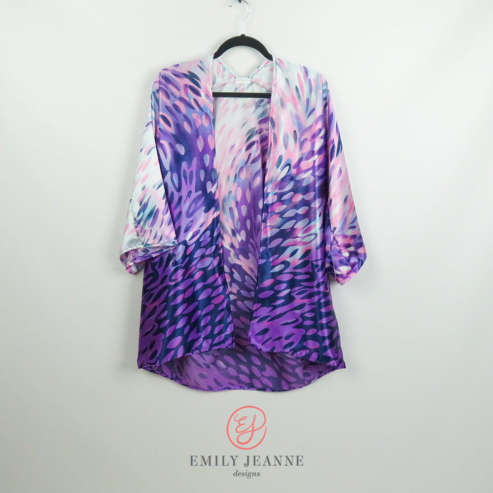 Silky ombre kimono with brilliant painted brushstrokes pattern