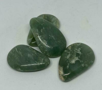Jade druppel 5cm