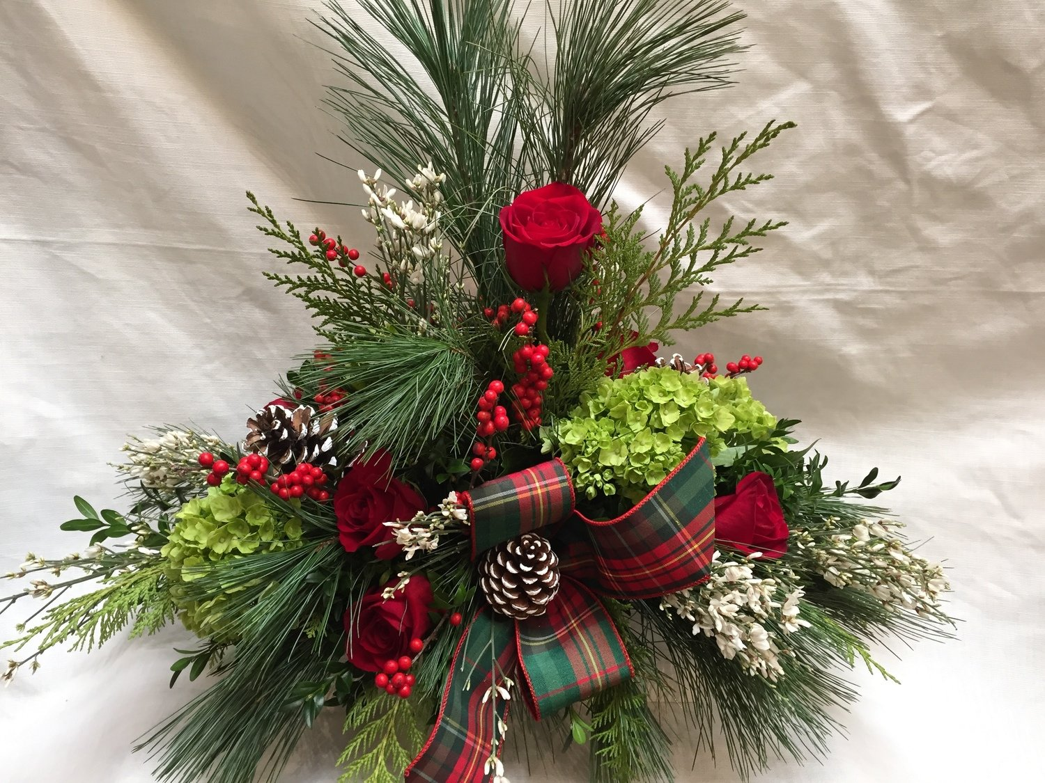 Kringle Centerpiece by Twigs Florist