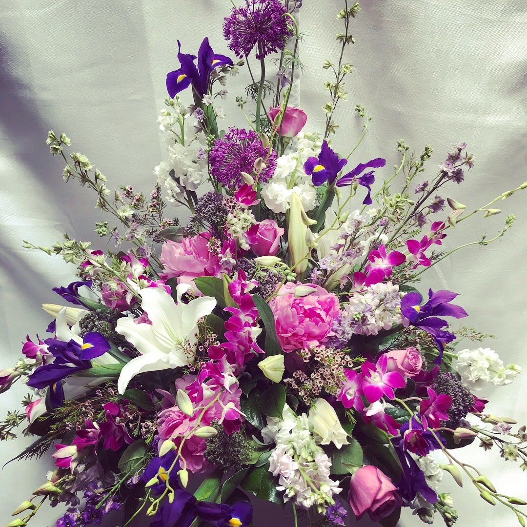 Angel Traditional Urn by Twigs Florist