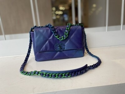 CHANEL 19 HANDBAG, Tie and Dye Leather & Lacquered Metal