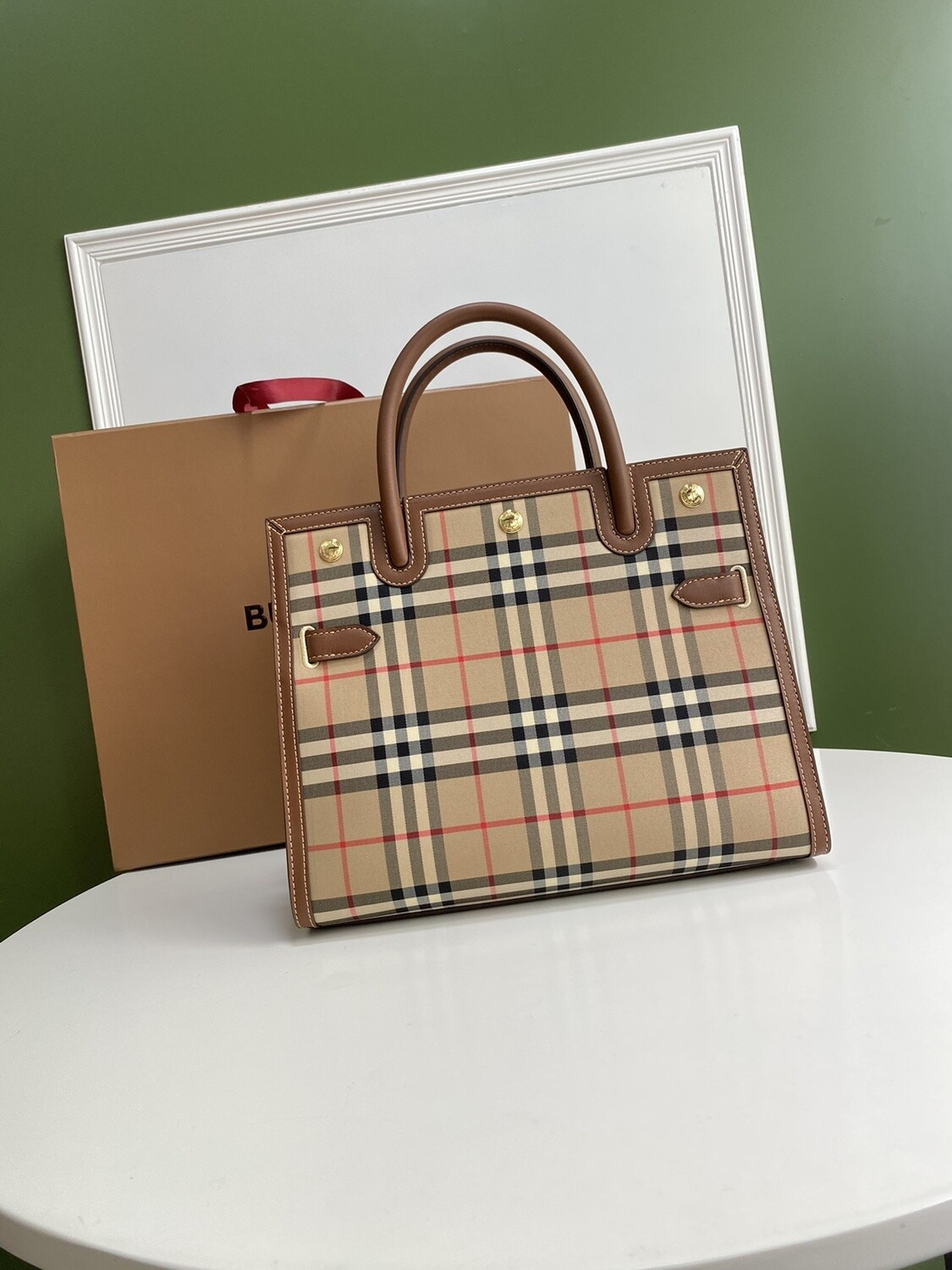 SMALL VINTAGE CHECK TWO-HANDLE TITLE BAG, Archive Beige