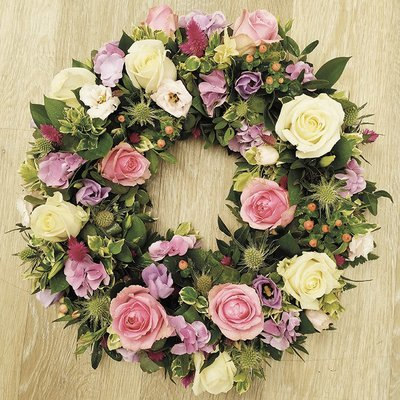 Mixed Rose Wreath