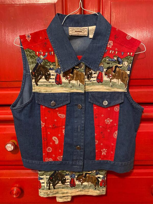 Ladies Small Wester Skirt/Shirt