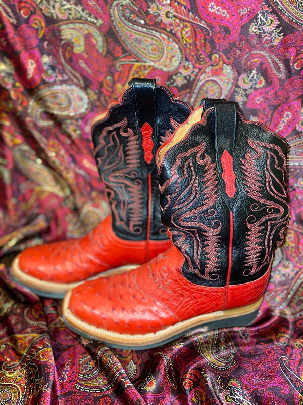Red Ostrich Lucchese Ladies Boots Size 9 Used