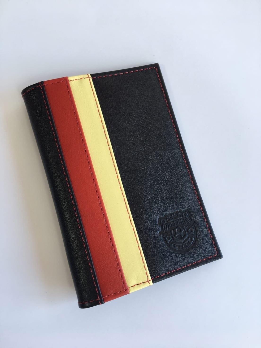 Обложка из натуральной кожи для паспорта