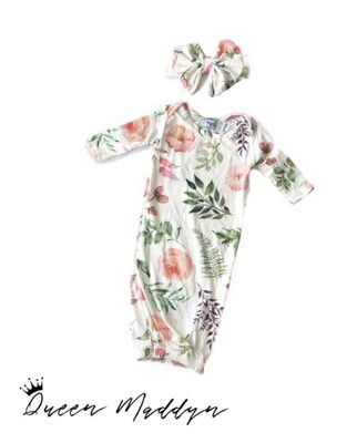 Queen Maddyn Blooming Floral Swaddle